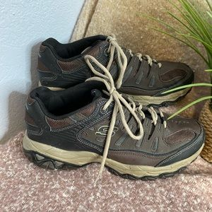 Sketchers memory fit athletic shoes size 9.5